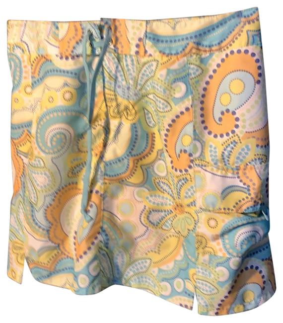 Item - Activewear Bottoms Size 4 (S)
