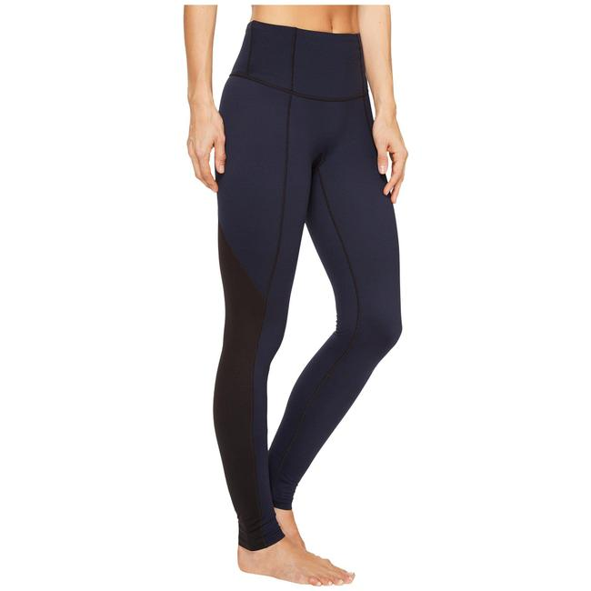 Item - Blue Shaping Compression Activewear Bottoms Size 20 (Plus 1x)