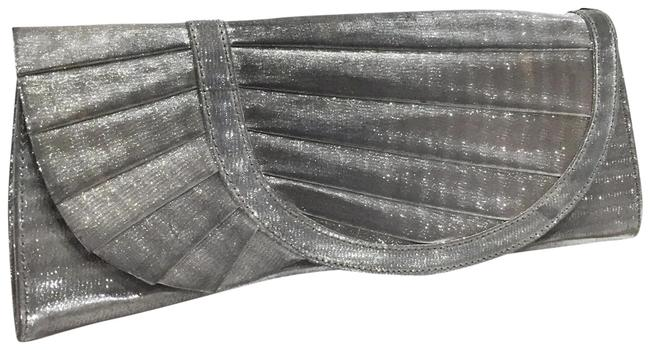 Item - Collection Pleated Silver Fabric Clutch