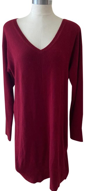 Item - Burgundy Ladies Large Cashmere Sweater Mid-length Work/Office Dress Size 12 (L)