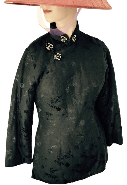 Preload https://img-static.tradesy.com/item/2958358/asian-black-with-gold-accent-padded-peony-spring-jacket-size-8-m-0-1-650-650.jpg