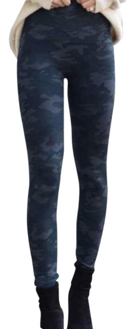 Item - Blue Gray Look At Me Now Seamless Camo Women's Small Leggings Size 4 (S, 27)