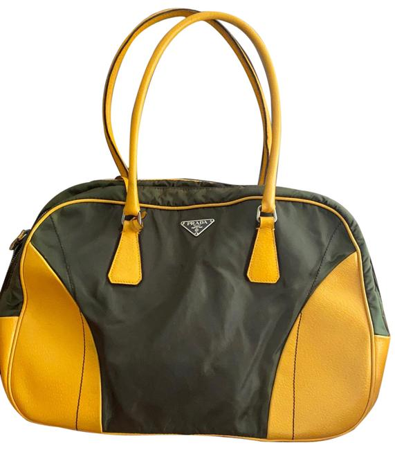 Item - Tessuto Army Green and Yellow Calfskin Leather Shoulder Bag