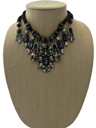 Preload https://item4.tradesy.com/images/other-statement-necklace-bib-necklace-retro-necklace-trendy-necklace-2958943-0-0.jpg?width=440&height=440