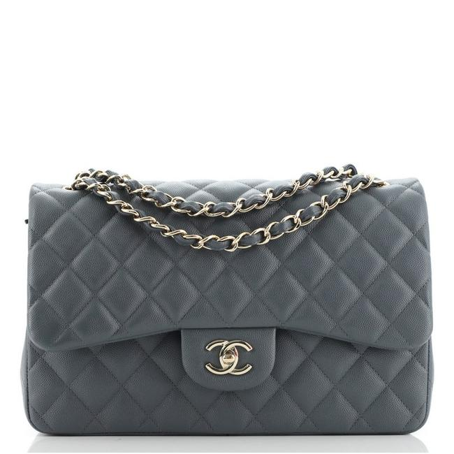 Item - Classic Flap Classic Double Quilted Caviar Jumbo Gray Leather Cross Body Bag