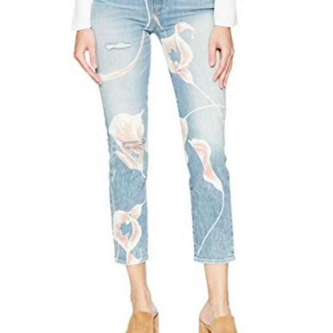 Item - Blue Light Wash Zoeey High Rise Capri/Cropped Jeans Size 26 (2, XS)