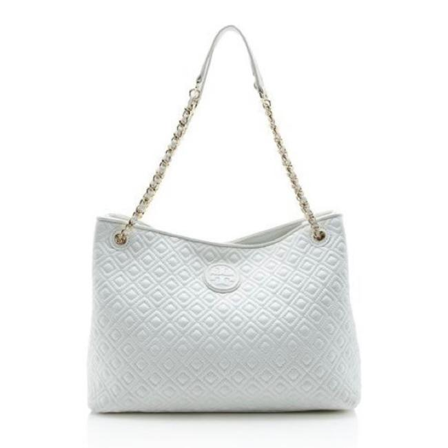 Item - Marion Quilted Center-zip Tote In White Leather Shoulder Bag