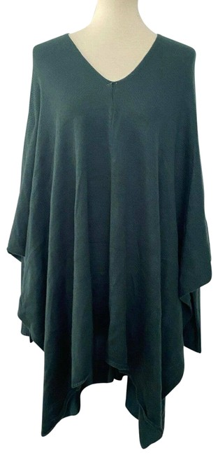 Item - L New Large V Neck Poncho Long Sleeves Green Sweater