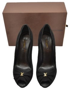 Louis Vuitton black Pumps