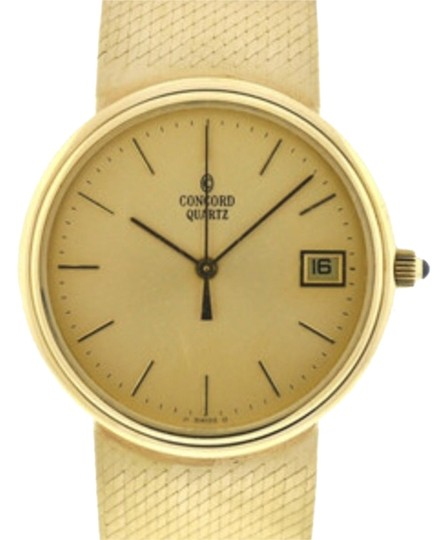 Preload https://img-static.tradesy.com/item/2961511/concord-gold-vintage-1951-14k-watch-0-0-540-540.jpg