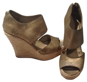 Jimmy Choo Champagne/gold Wedges