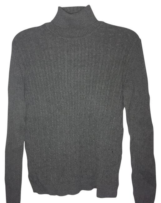 Preload https://item4.tradesy.com/images/evan-picone-gray-cable-knit-turtleneck-sweaterpullover-size-6-s-2962123-0-2.jpg?width=400&height=650