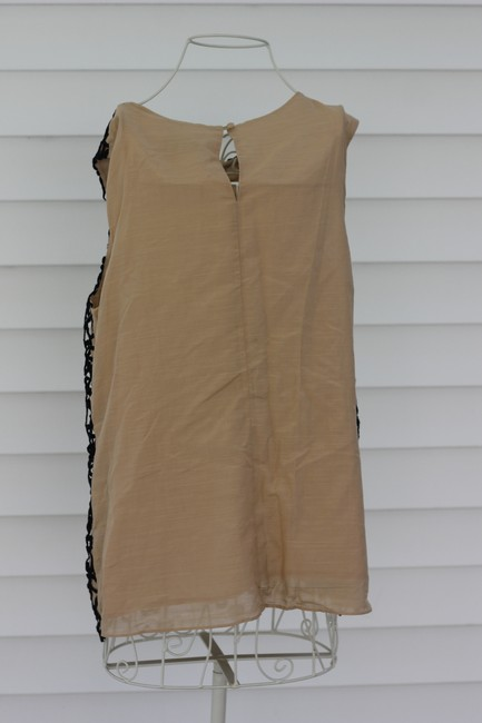 Neiman Marcus Top Black Lace With a Tan Shell
