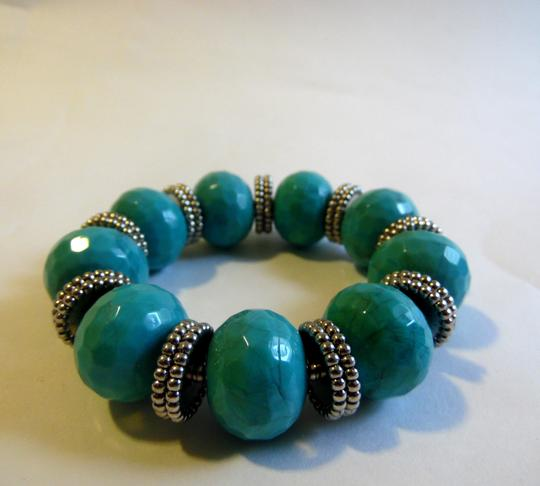 R.J. Graziano R. J. Graziano Simulated Resin Turquoise Stretch Bracelet Image 1