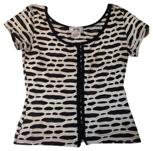 Vintage Top Black& White
