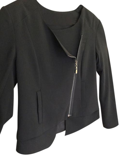 Preload https://item4.tradesy.com/images/black-zippered-new-spring-jacket-size-10-m-2966098-0-0.jpg?width=400&height=650
