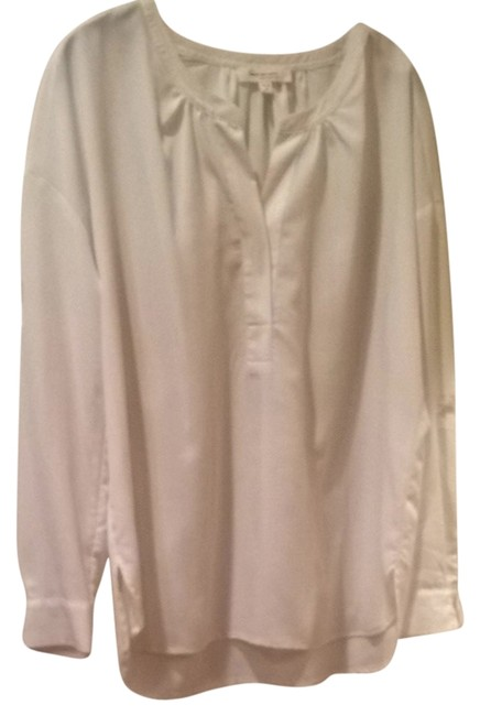 Vince Camuto Classic Basic Staple Top Ivory