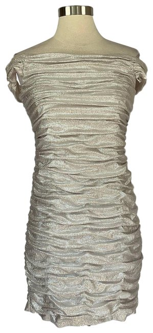 Item - Silver Women's Ruched Sheath Short Cocktail Dress Size 10 (M)