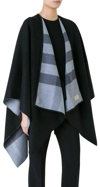 Item - Black Charlotte Reversible Solid Check Wool Merino Poncho/Cape Size OS (one size)