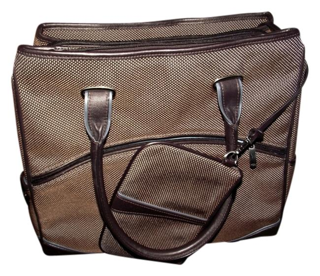 Item - New Triple Compartment Tote 043512cp Handbag Laptop Case Purse Luggage Vacation Overhead Bin Nasty Brown Weekend/Travel Bag