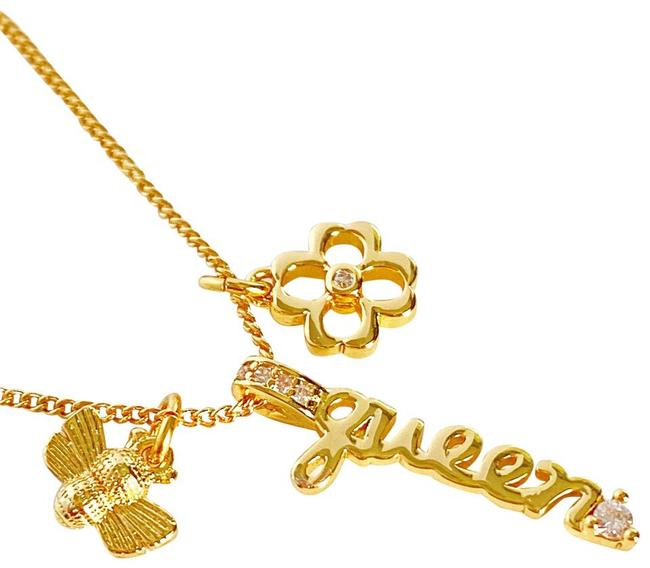 Item - Gold New Love You Mom Queen Bee Crystal Necklace