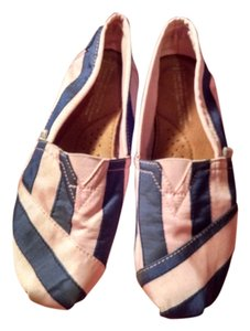 TOMS Pink and Blue