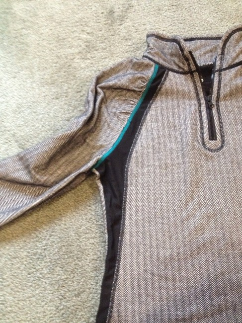 American Eagle Outfitters Activewear Top Size 6 (S, 28) American Eagle Outfitters Activewear Top Size 6 (S, 28) Image 3