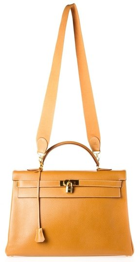 Hermès Kelly Ardennes Satchel in Gold
