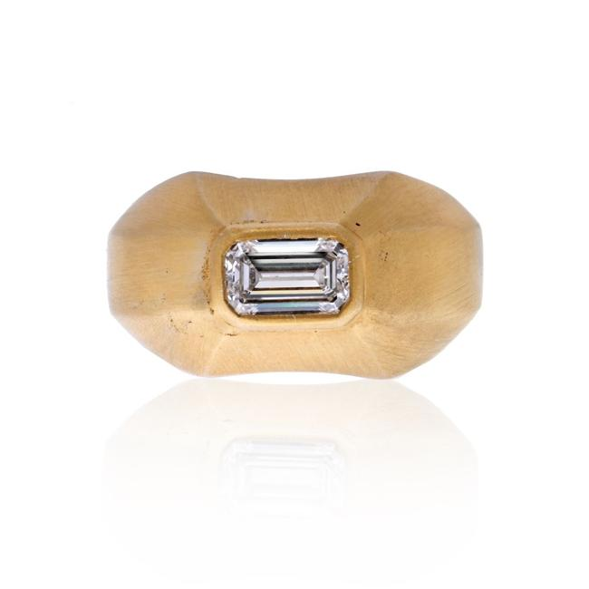 Item - 14k Yellow Gold Vintage Emerald Cut Solitaire Diamond Ring