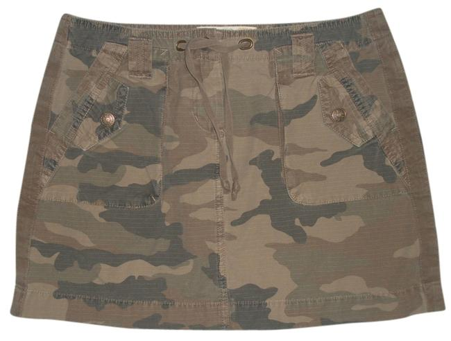 J.Crew Broken In Chino Classic Twill * Back Flap Pockets With Closure * 2 Front Flat Pockets With 2 Snap Closure Flap Pockets Mini Skirt Green/Brown Camoflage