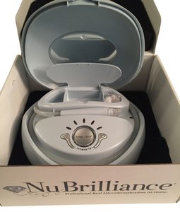 NuBrilliance Nubrilliance Microdermabrasion Skin Care System with/Extras