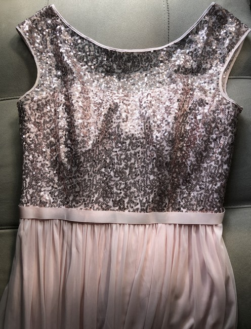 Item - Rose Gold Polyester F19328s Modest Bridesmaid/Mob Dress Size 6 (S)