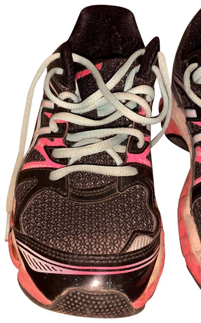 Item - Black and Pink T4a7z Sneakers Size US 9 Regular (M, B)