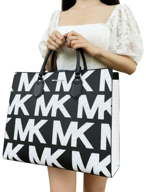 Item - Everlyn Large Satchel Convertible Graphic Logo Mk White Black Leather Tote