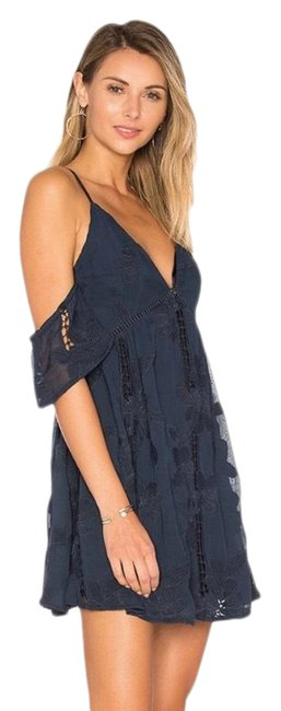 Item - Navy The Wishful Short Cocktail Dress Size 4 (S)