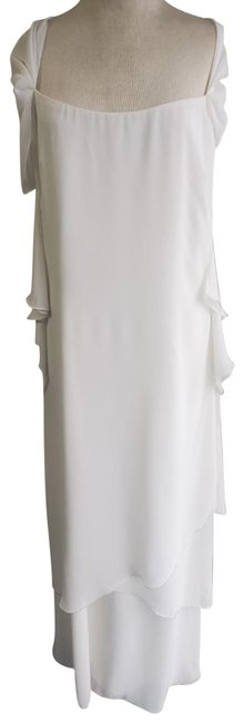 Item - White Gown Long Formal Dress Size 12 (L)