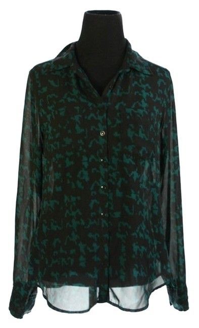 Preload https://item3.tradesy.com/images/guess-top-green-and-black-2978167-0-0.jpg?width=400&height=650