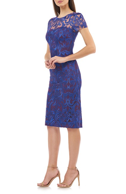 Item - Royal Violet Embroidered Lace Mid-length Cocktail Dress Size 14 (L)