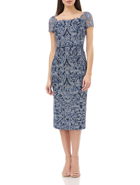 Item - Navy Multi Illusion Embroidered 866966 Mid-length Cocktail Dress Size 6 (S)