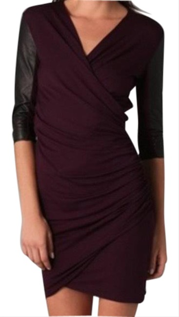 Item - Burgundy Leather Sleeve Bodycon Night Out Dress Size 8 (M)