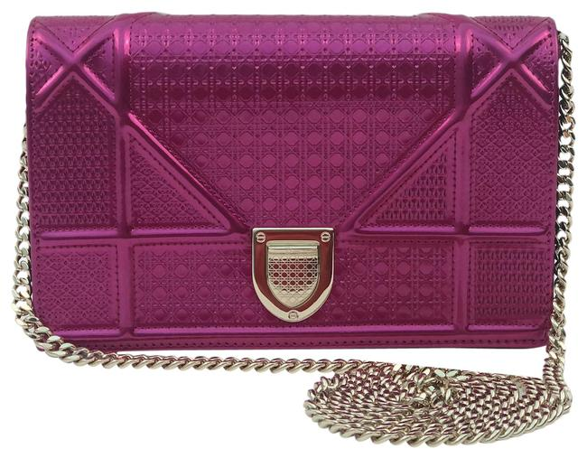 Item - Wallet on Chain Christian Cannage ama Pink Leather Cross Body Bag
