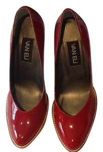 Vaneli Red patent leather Pumps