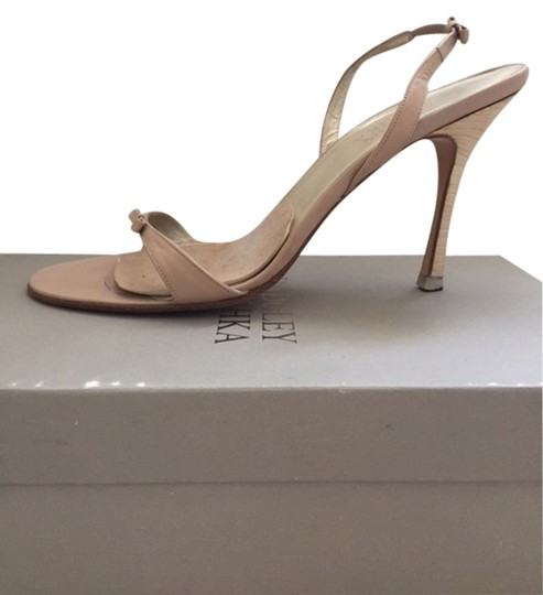 Badgley Mischka Classic Bow Leather nude Sandals