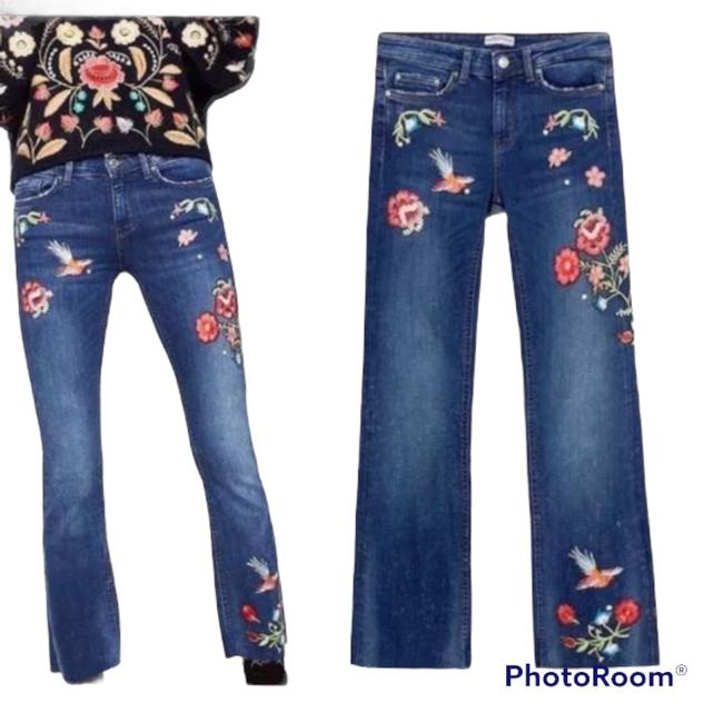 Item - Blue Medium Wash Mid Rise Embroidered Floral Flare Leg Jeans Size 4 (S, 27)