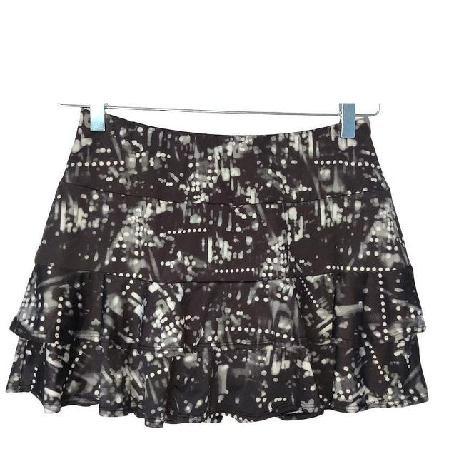 Item - Black And White Activewear Bottoms Size 8 (M, 29, 30)