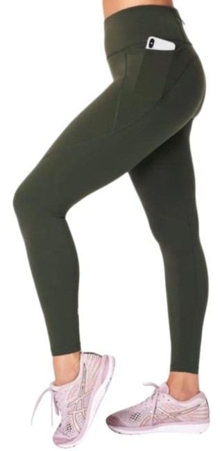 Item - Green Power Workout Activewear Bottoms Size 2 (XS, 26)