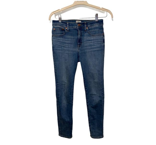 """Item - Blue Light Wash 9"""" High-rise Toothpick Skinny Jeans Size 4 (S, 27)"""