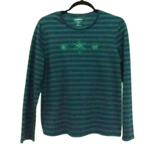 Item - Green Classic Striped Long Sleeve Snowflakes Large Tee Shirt Size L
