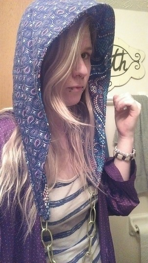 Other Reversible hood with chain