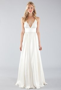 Nicole Miller Bridal Antique White Silk Elizabeth Feminine Wedding Dress Size 0 (XS)